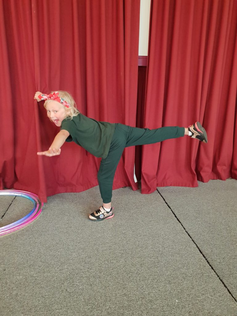 Marrina Mouses Dancing House is a musical theatre workshop located in Cowes. Let your child's imagination soar